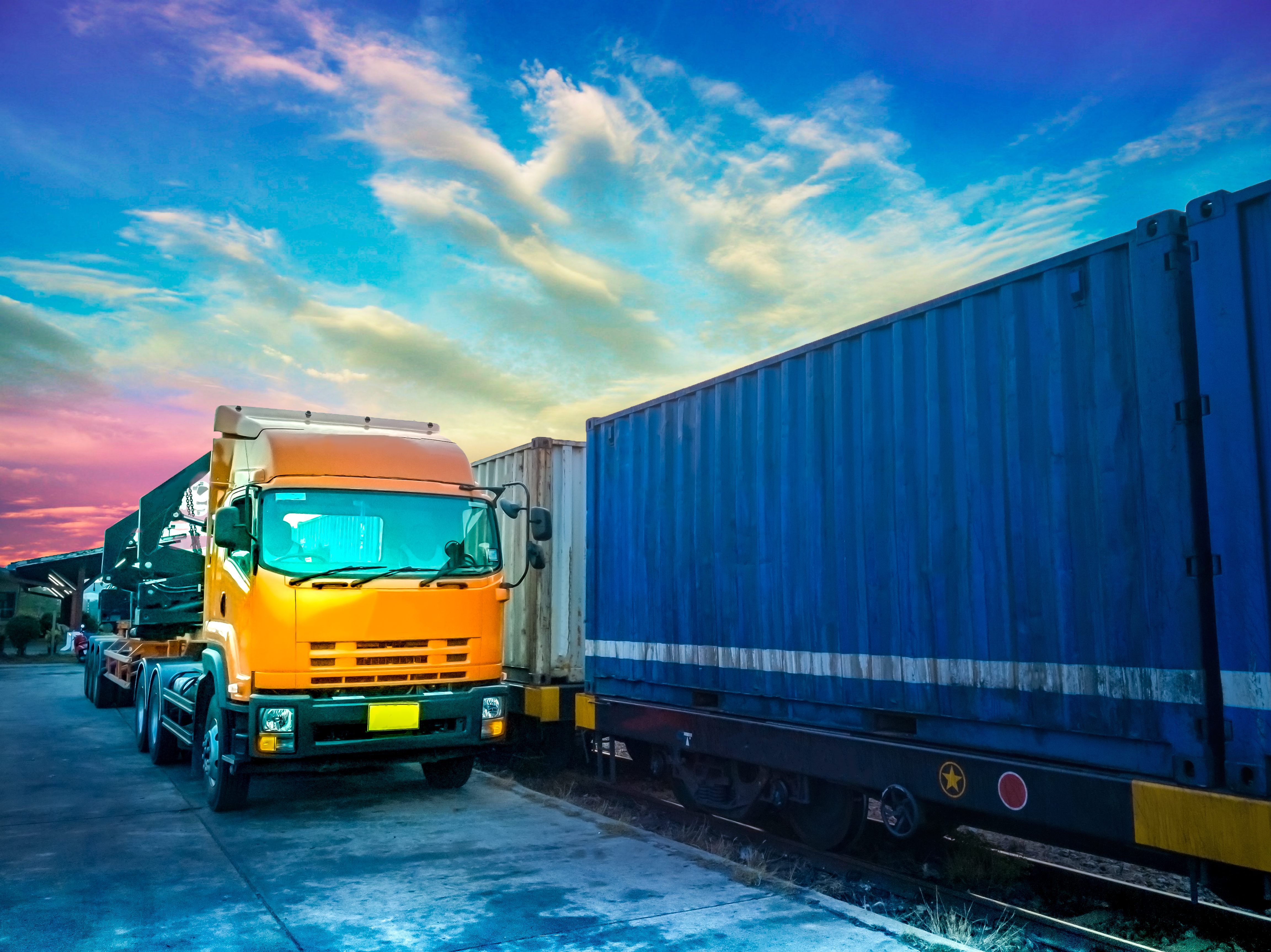 Rail Freight Tightness Pushing Capacity Onto OTR, Trucking Rates Rising with Low Availability